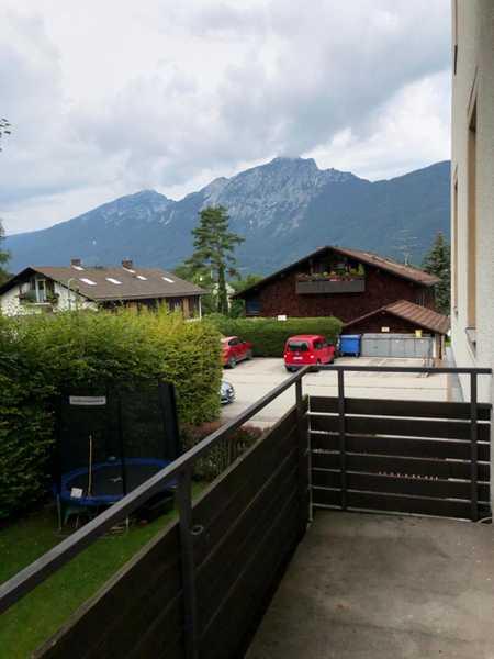 Neu renovierte 2-Zimmer Wohnung mit Balkon im 1. Obergeschoss! in Bayerisch Gmain