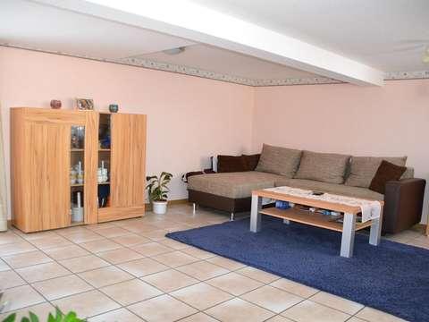 Helle Und Charmante Wohnung Auf Zeit In Erbach Bullau, Kleines Bauernhaus  Für 3 4 Personen