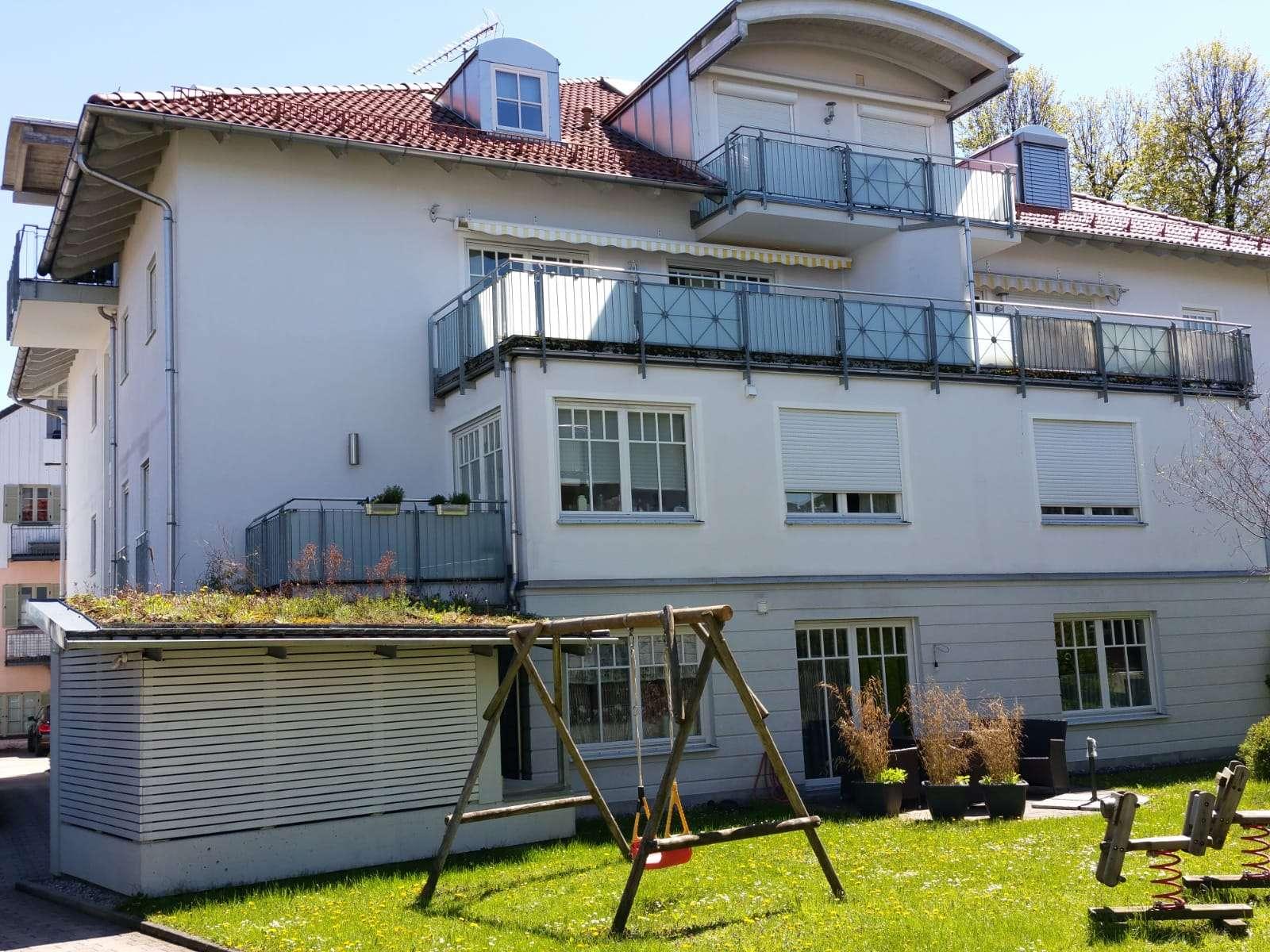 Hochwertige 2-Zimmer-Wohnung mit Balkon in Bahnhofsnähe und Zentrum in Bad Aibling