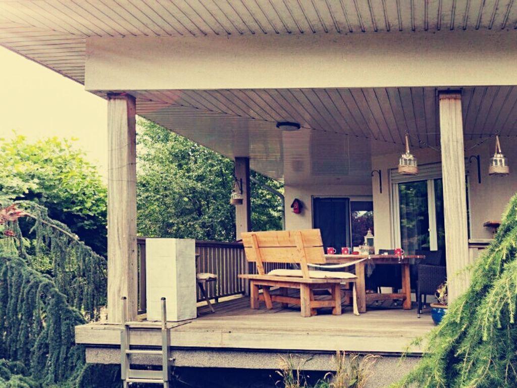 Einzigartiges Haus mit sieben Zimmern ( 230qm) und Tiefgarage (175 ...