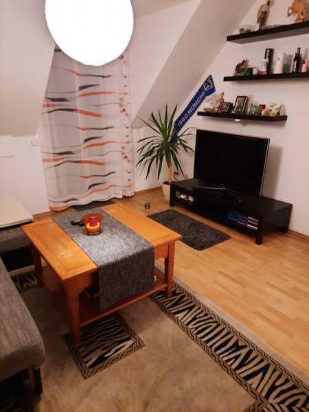 Gepflegte 2-Zimmer-Maisonette-Wohnung mit Balkon in Mühldorf in Mühldorf am Inn