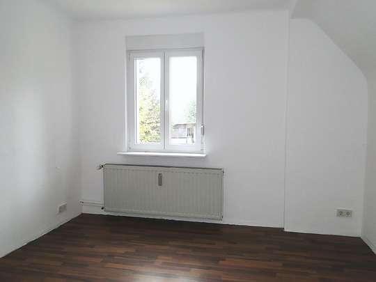 Freistehendes 2-Familienhaus in Wandlitz mit Ausbaumöglichkeiten - Bild 12