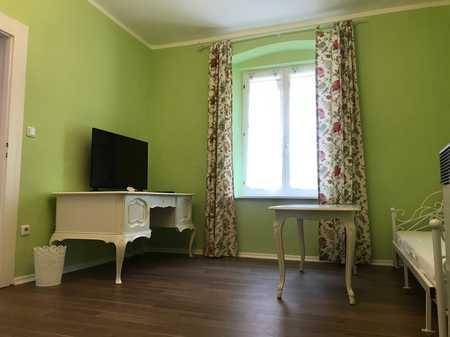 Willkommen in Stadtamhof [2 Zimmer, auch WG-geeignet] in Stadtamhof (Regensburg)
