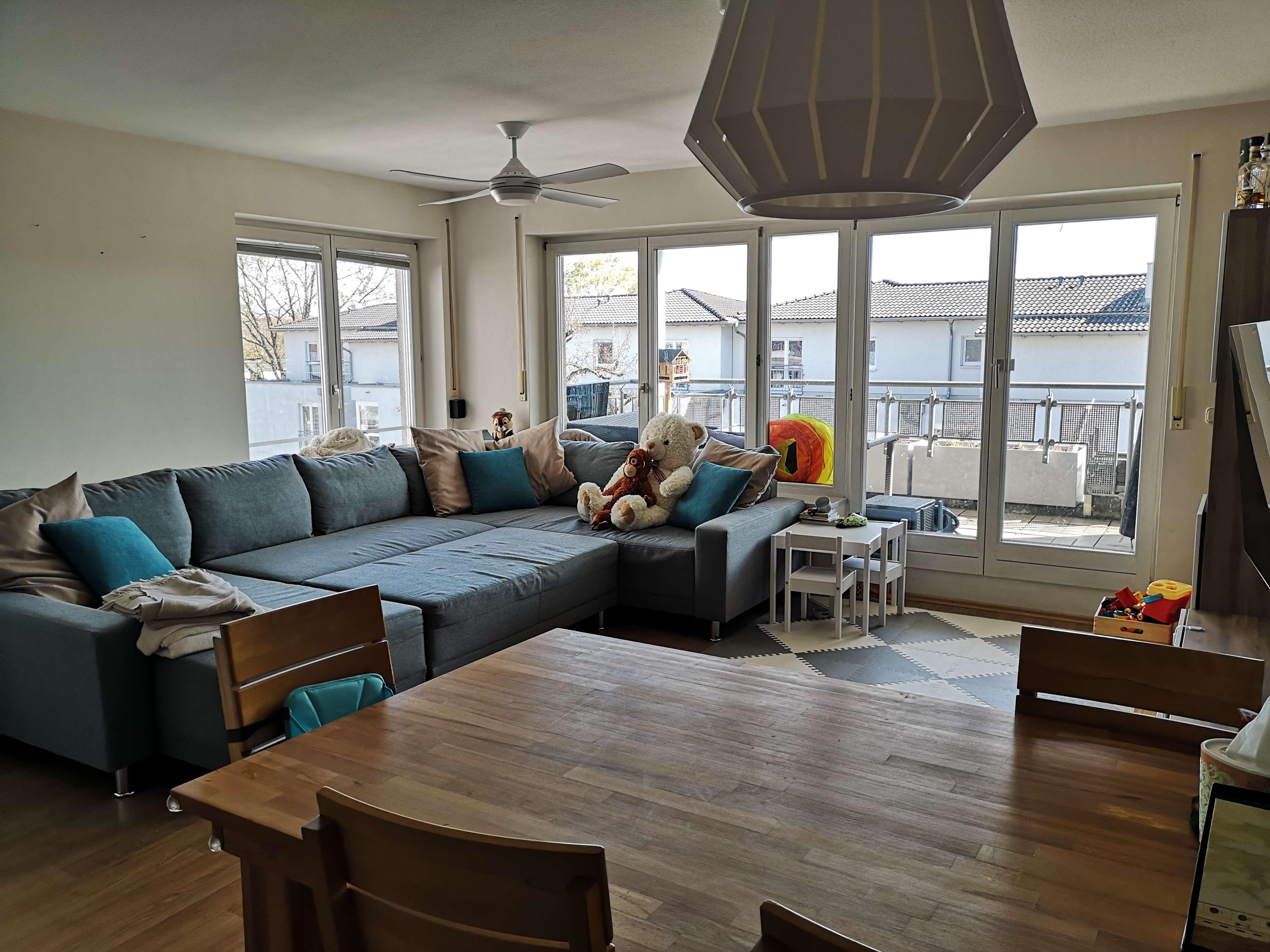 Exklusive, gepflegte 3,5-Zimmer-Wohnung mit Balkon in Erlangen-Zentrum in
