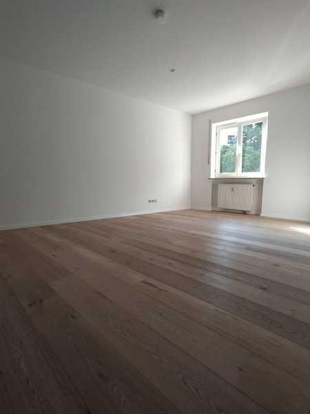 Helle 2-Zimmer-Wohnung mit schönem Blick über Pfarrkirchen in Pfarrkirchen