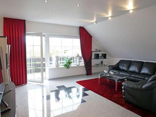 Hochwertige 117m² Wohnung mit Garten, Spitzboden und Keller - Bild 3