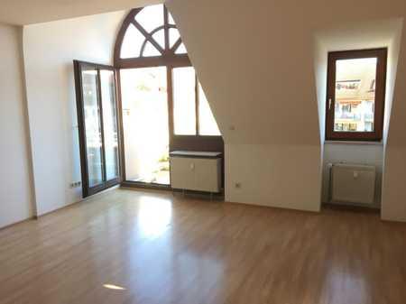 2 Zi- Dachgeschoß-Wohnung in ruhiger Wohnlage Thalkirchen in Thalkirchen (München)