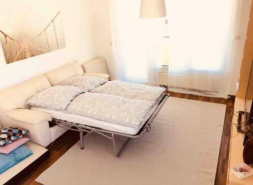 Möblierte 2-Zimmer-Wohnung mit Balkon und Einbauküche in Pfungstadt