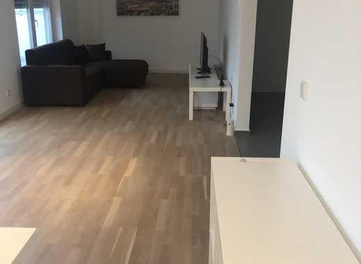 Vollmöbliertes WG- Zimmer im Penthaus in Frankfurt-Sossenheim