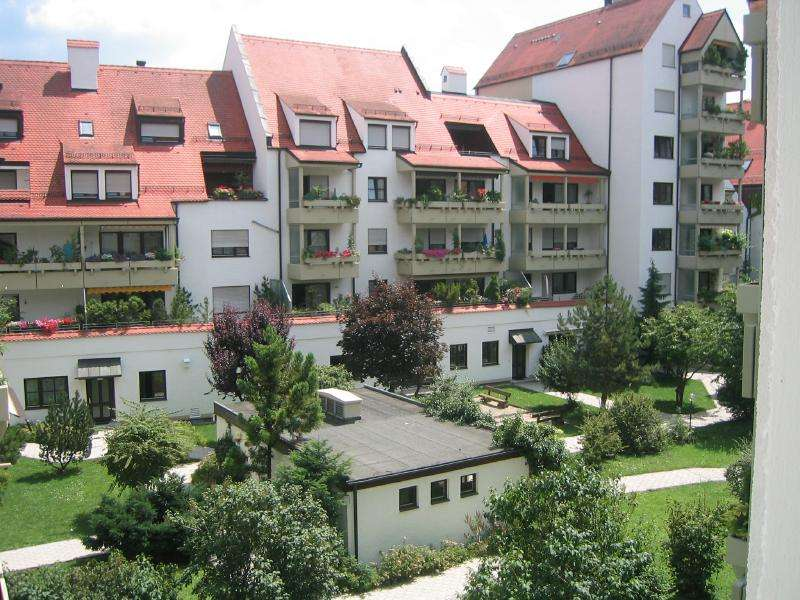 Augsburg Zentrum helle, freundliche und großzügig geschnittene 4 Zimmer (151 qm)-Wohnung in Augsburg-Innenstadt