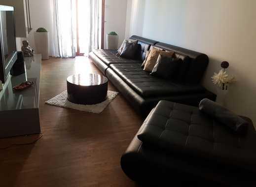 ---PENDLER WOHNUNG--- Neuwertige 2,5-Zimmer-Wohnung mit Balkon und Einbauküche in Stuttgart