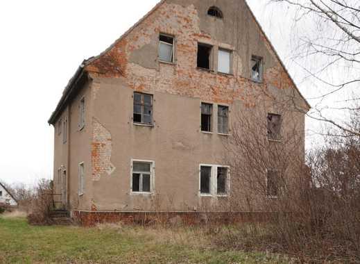 Freistehendes Mehrfamilienhaus