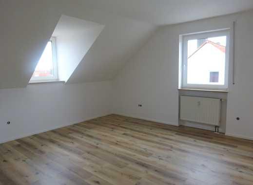 **Renovierte 3-Zimmer-Dachgeschoss-Wohnung in familiärer Umgebung**