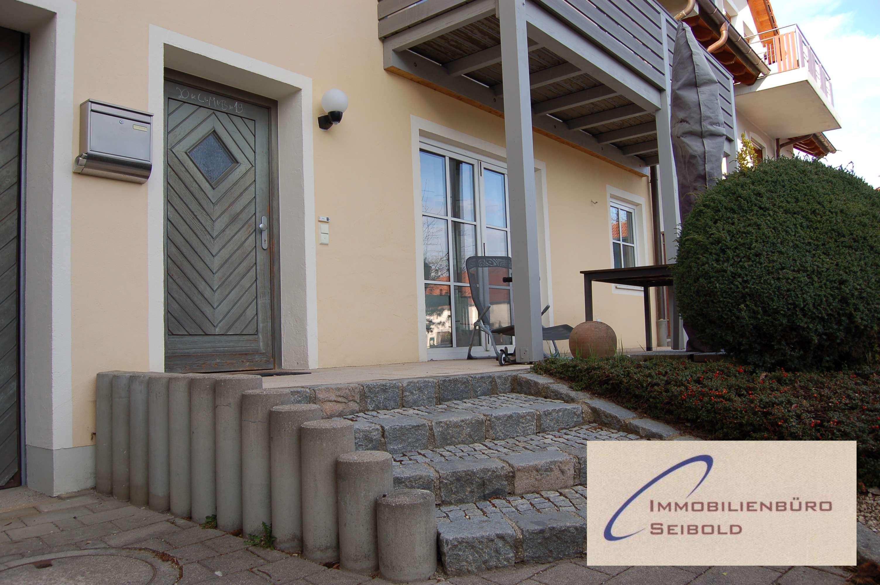 Schnuckelige Erdgeschoss-Wohnung mit 2 Terrassen - Immobilienbüro SEIBOLD in