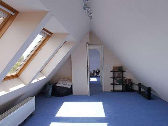Geräumiges Wohnhaus im Rudower Blumenviertel - Bild 26