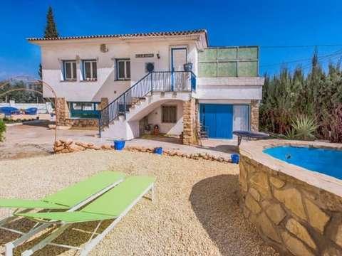 Außergewöhnliche Villa mit 3 Schlafzimmer und privatem Pool in La ...