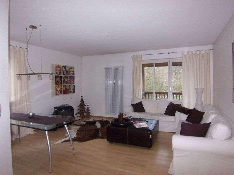 *Rosenheim-Süd* Attraktive 3-Zi-Wohnung im 1. OG mit Südbalkon und Bergblick