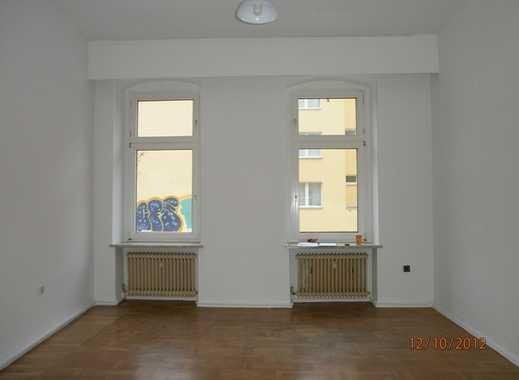 Wrangelkiez! - Attraktive 3-Zimmerwohnung -  Laminat - modernes Bad - ca. 93m² - 1.399 € warm