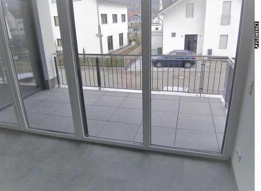 ERSTBEZUG! EXKLUSIVE 2-Zimmer-Wohnung mit Balkon, Aufzug und Tiefgaragenstellpatz