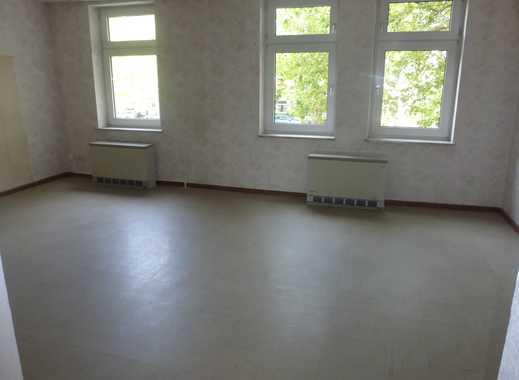 Reserviert! Sehr zentrale, große 2,5 Raum-Wohnung,  78m², Kaltmiete 332,32 Euro