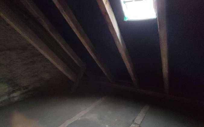 Dachkammer zur Wohnung