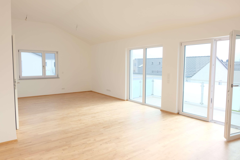 Moderne Luxus-Dach-Wohnung in Baar-Ebenhausen