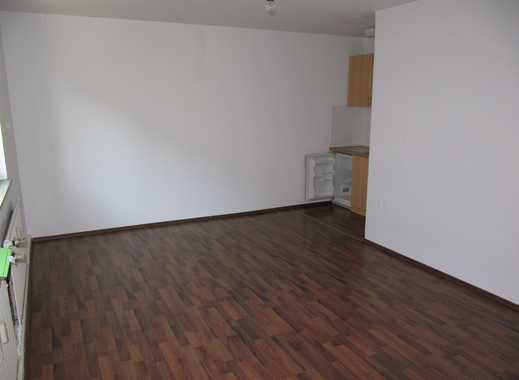 Nähe Fürther Straße: 1-Zi. Studenten- / Pendlerapartment, ca. 30 qm, Singleküche, Laminat, 2.OG