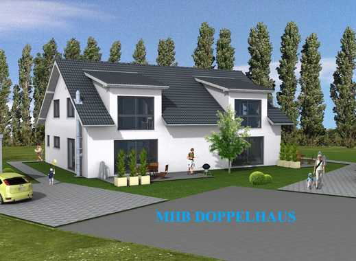 Attraktive Doppelhaushälfte mit schönem Garten und Panoramablick!