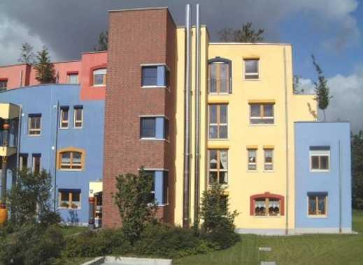 Schöne 4 Zimmer-Wohnung im Hundertwasser-Stil