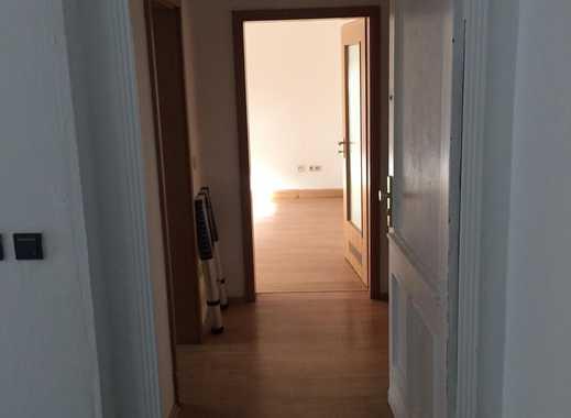 Frisch renovierte 2-Zimmerwohnung mit großer Terasse in Fürth (zentrumsnah)