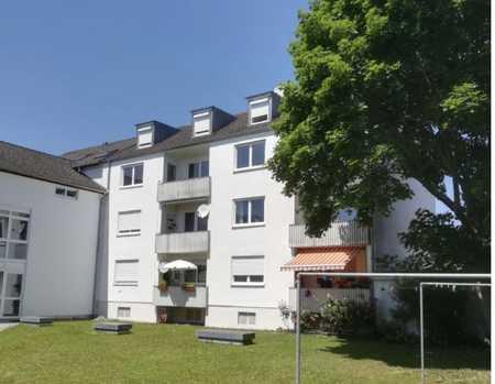 Renovierte 3-Zimmer-Wohnung mit Balkon und EBK in Neuburg-Schrobenhausen (Kreis) in Neuburg an der Donau