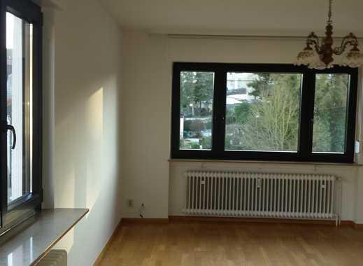 Preiswerte, vollständig renovierte 2,5-Zimmer-Wohnung zur Miete in Schiffweiler
