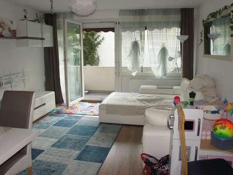 Helle Gepflegte 3 Zimmer Wohnung Ebk Balkon Garage
