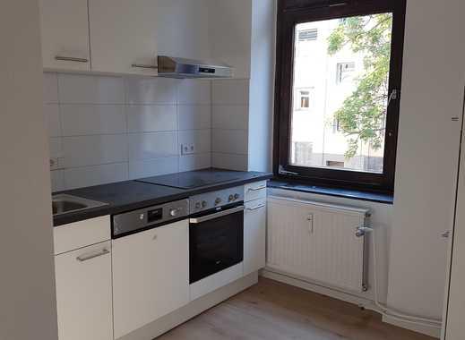 Perfekte WG- Wohnung - Sanierte zwei Zimmer Wohnung in Köln, Kalk