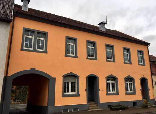 Kapitalanlage: Gepflegte 6-Familienhaus, ab sofort vermietbar!