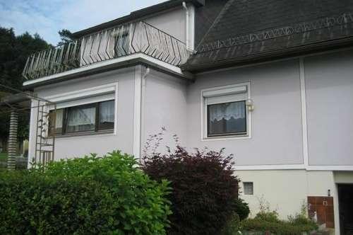 Landhaus in sonniger,naturnaher Ruhelage mit 2Balkone Terrasse-Pavillon-Garten Nebengebäude,Garage