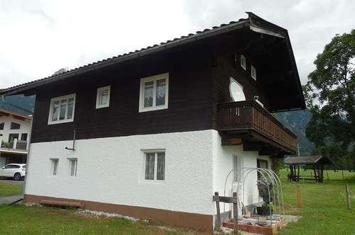 Wochenendhaus als Freizeitwohnsitz in wunderschöner Lage mit Garten – Nähe Sankt Ulrich am Pillersee