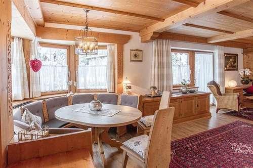 Großes hochwertiges Wochenendhaus mit schönem Garten in Sonnenlage für mehrere Familien- Nähe St.Ulrich am Pillersee