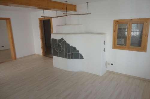 Weyregg am Attersee: Tolle 109 m² OG-Wohnung mit 22 m² Dachterrasse 50 m vom See entfernt