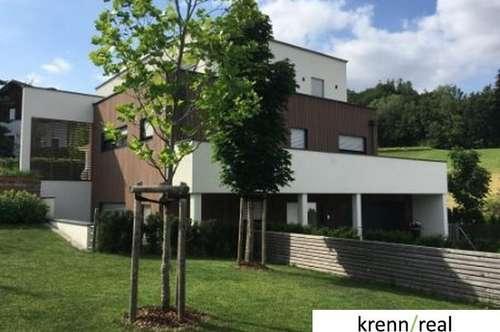 Luxus pur - Architektenhaus mit Pool in ruhiger Siedlungslage am Waldrand