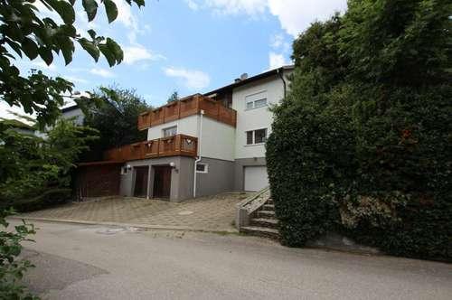helles freundliches Haus mit einer Traum Terrasse!