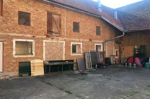 Hausanteil im Vierkanthof - Wohngebäude + Gewerbeobjekt