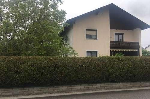 2-Familien - HAUS mit großem Garten,Terrasse und Doppelgarage - zentral gelegen