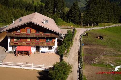 Tirol - Imposantes Anwesen