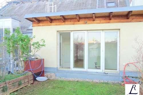 Schöne Dachgeschosswohnung in verkehrsgünstige Lage/ Wienblick!