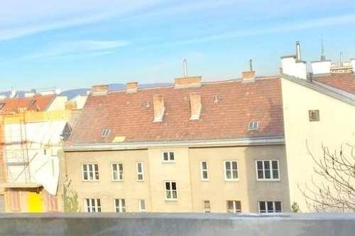 Dachgeschosswohnung mit dem gewissen Etwas/ Dachgarten/ Fernblick!
