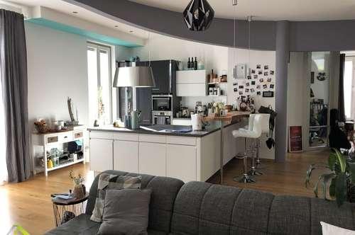 Stylische 110m²-Wohnung im Herzen von Obertrum - eigener Eingang und 2 Tiefgaragenplätze