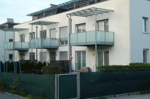 Toll geschnittene Wohnung für Familie oder Home-Office mit großem Balkon