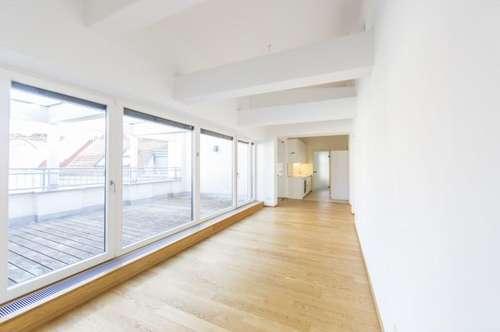 Traumhafte Dachgeschosswohnung mit Terrasse im Herzen der Innenstadt - unbefristet zu vermieten!