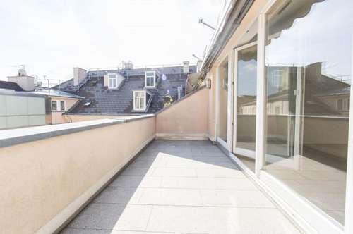 Traumhafte DG-Wohnung mit 3-Zimmern und Terrasse am Josefsplatz zu vermieten!